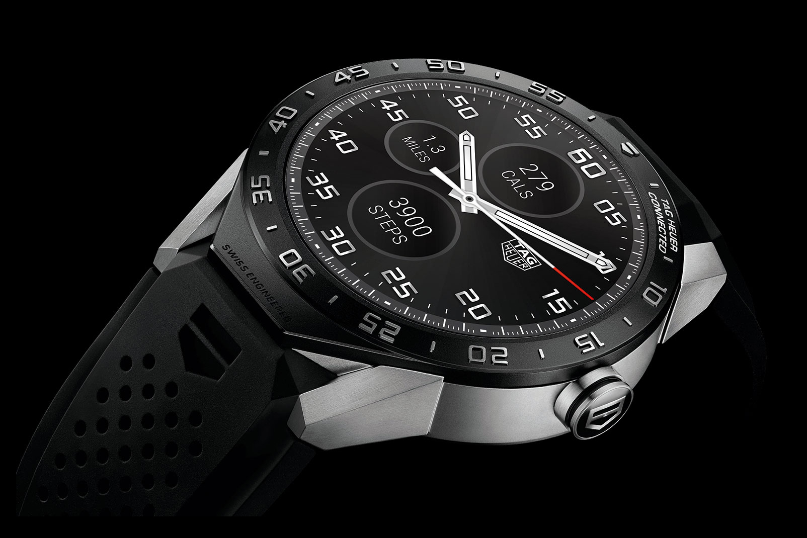TAG Heuer Unveils a Luxury Smartwatch for Watch Lovers