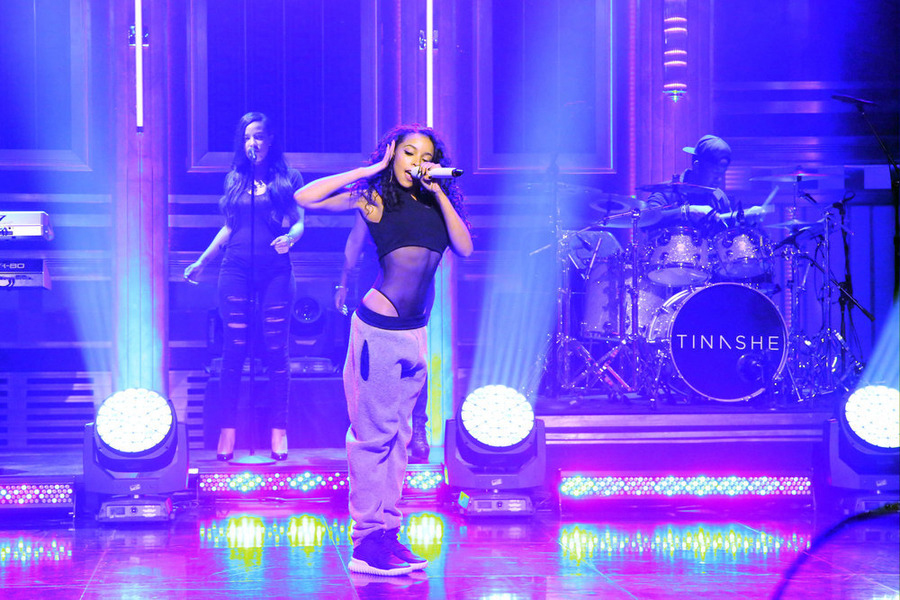 "Tinashe Performs ""Player"" on 'The Tonight Show Starring Jimmy Fallon'"