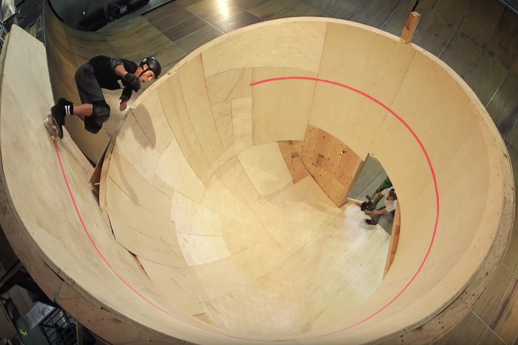 Tony Hawk Skates the First Ever Horizontal Loop
