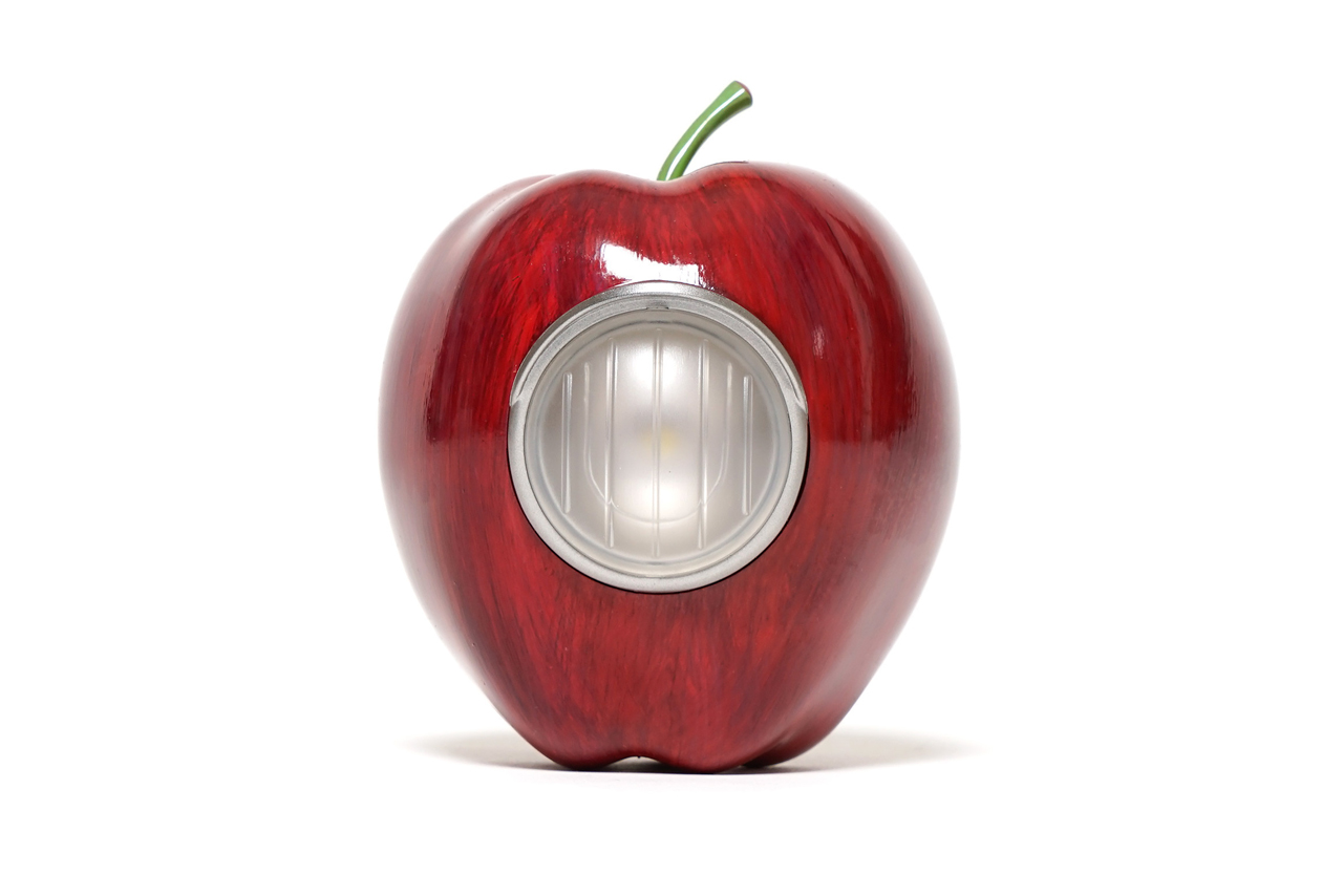 UNDERCOVER x Medicom Toy GILAPPLE Light Series
