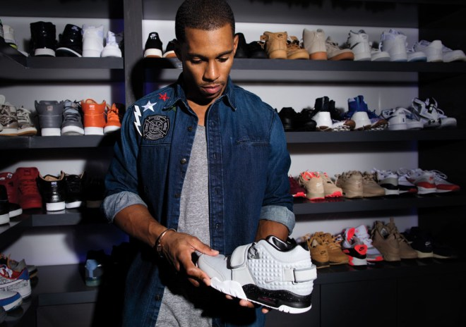 Victor Cruz Speaks on the Air Trainer Cruz