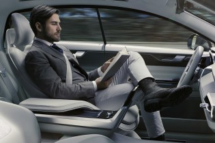 Volvo Wants You to Catch up on TV While Your Car Drives Itself