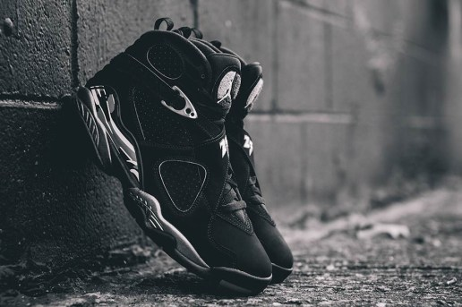"A Closer Look at the Air Jordan 8 ""Chrome"""