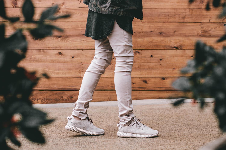 Adidas Yeezy Boost 350 v2 BY9611 US 7 / UK 6.5 / EU 40 US 7 / EU 40