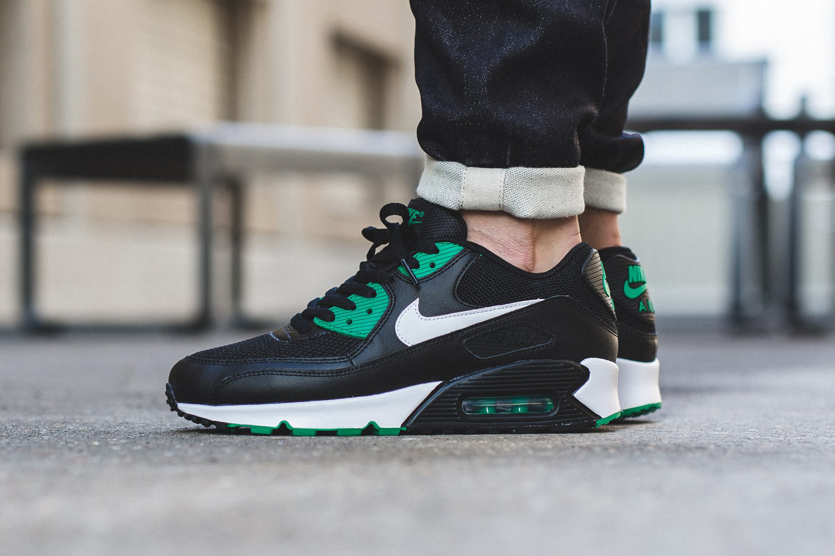 nike air max 90 green and white