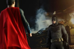 Hot Toys 'Batman v Superman' Collectible Figures