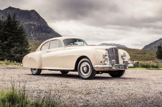 Bentley Brings Us Back to 1952 With This Continental R-Type
