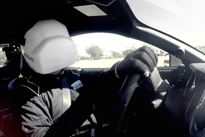 Castrol Brings Virtual Reality to the Racetrack