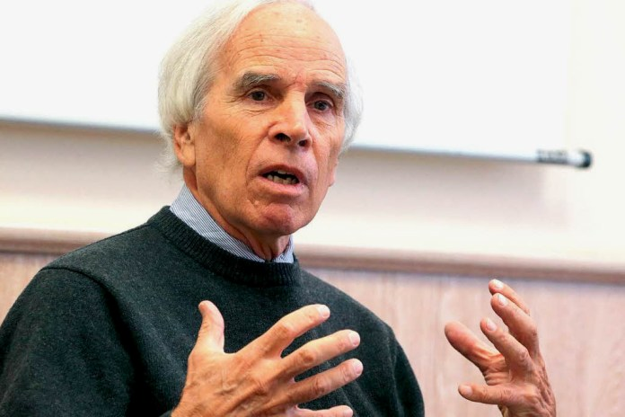 The North Face Founder Douglas Tompkins, 72, Dies in Tragic Kayaking Accident