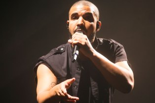 "Drake's ""Back to Back"" Is the First Diss Song Nominated for the GRAMMY's Best Rap Performance"