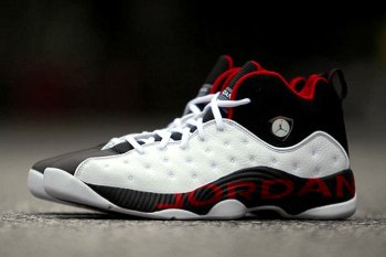 The Jordan Jumpman Team II Retro Might Drop This Month