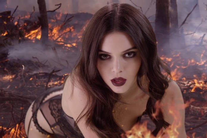 Kendall Jenner Heats up Christmas Eve With 'LOVE Magazine'