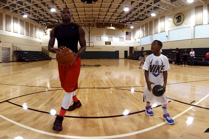 LeBron James Teams up With Oculus to Create a VR Experience