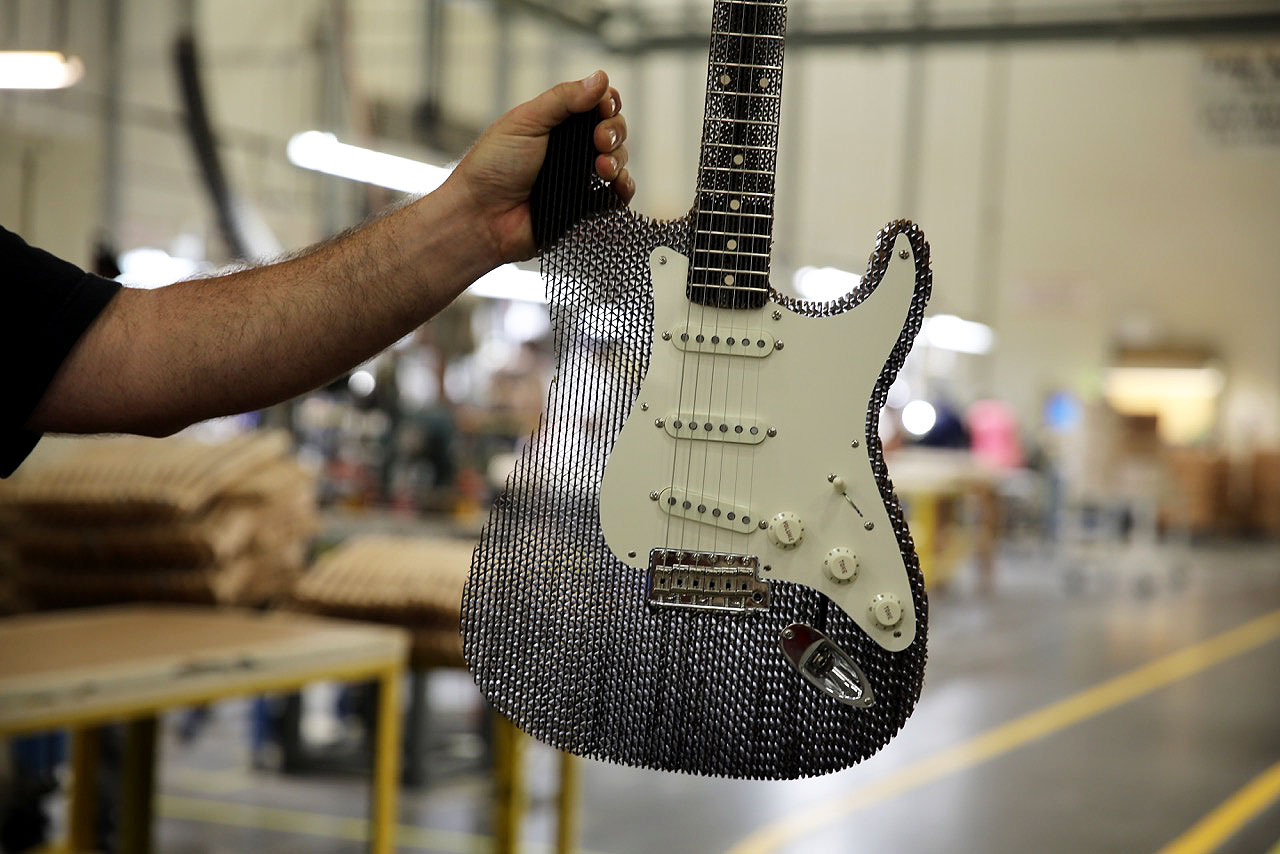 Linkin Park Plays a Fender Guitar Made out of Cardboard