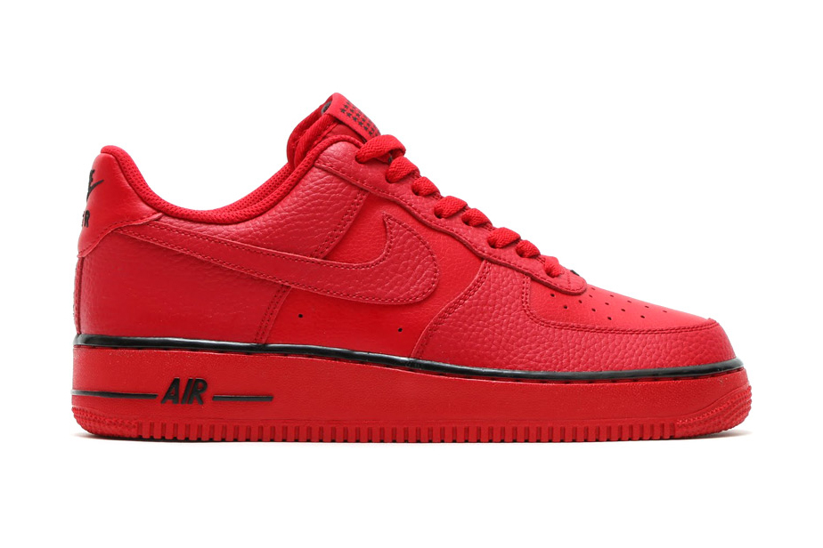"""Nike Adds Red Air Force 1s to its """"Star"""" Pack"""