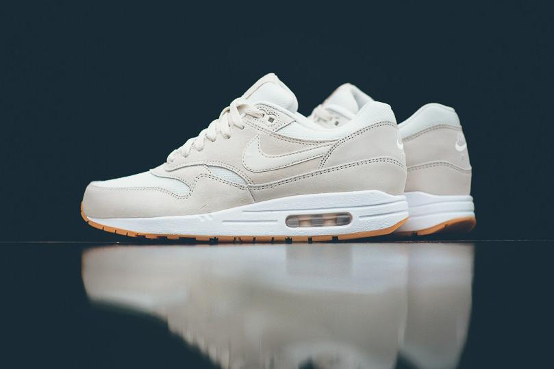 Air Max 1 Essential White