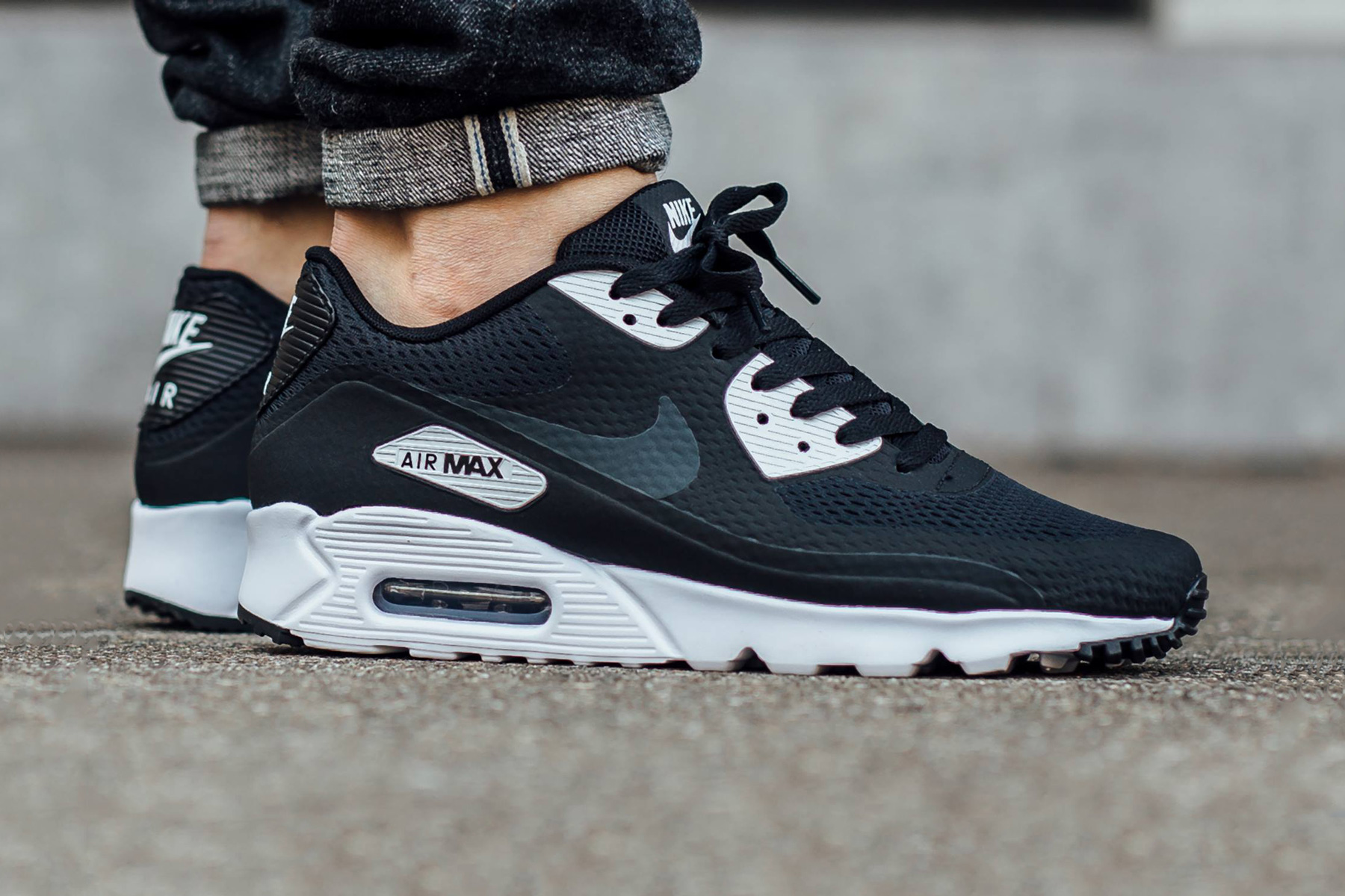 "Nike Air Max 90 Ultra Essential ""Black/Anthracite-White"""