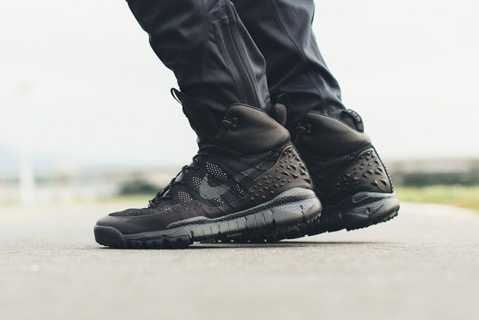A Closer Look at the NikeLab ACG Lupinek Flyknit SFB