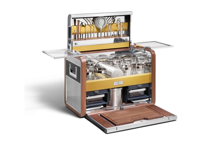 The Rolls-Royce of Cocktail Kits