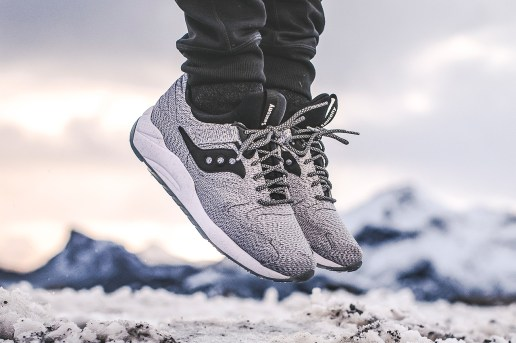 "Saucony Grid 9000 ""Dirty Snow"""