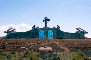 The Earthship Community in New Mexico Changes the Way We Think of Sustainable Living