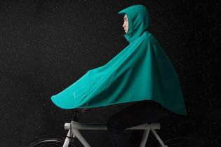 Brave the Rain in This Specially Designed Bike Poncho
