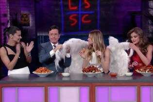 The Victoria's Secret Angels Stop by 'The Late Show' for a Quick Bite to Eat
