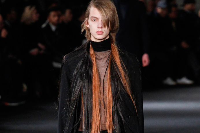 Ann Demeulemeester's 2016 Fall/Winter Collection Has a Hair Obsession