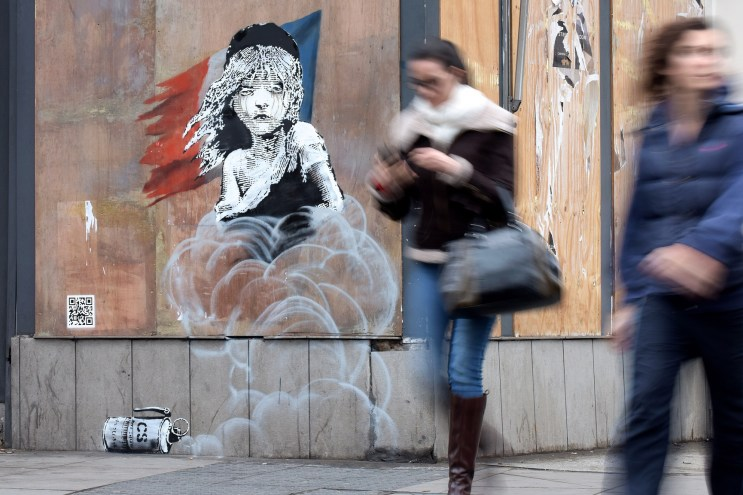 A New Banksy Piece Popped up in London, Quoting 'Les Misérables' and Calais