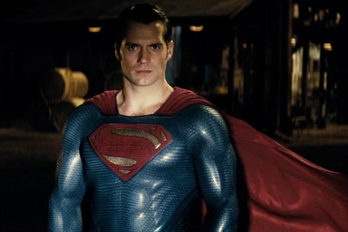 Superman Gives Batman a Final Warning in 'Batman v Superman: Dawn of Justice' TV Spot