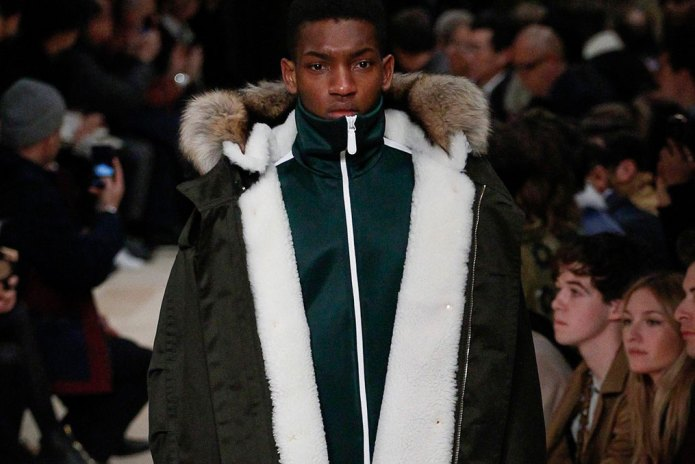 Burberry 2016 Fall/Winter Collection Is Tinged With Melancholy