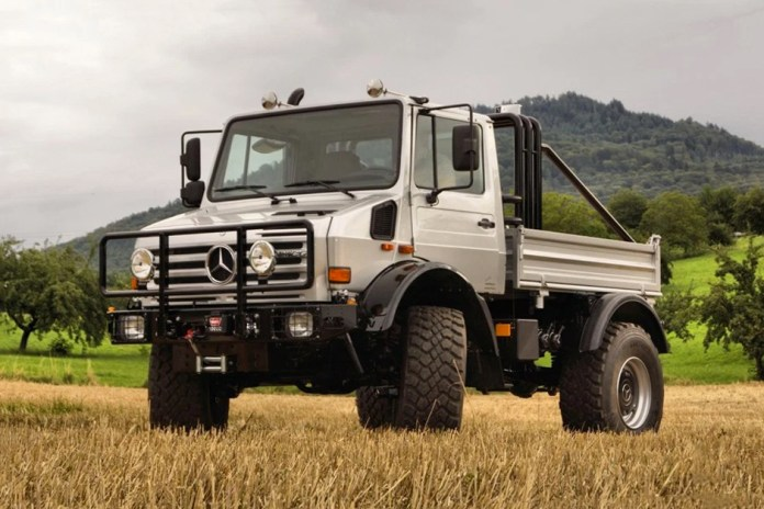 Arnold Schwarzenegger's Mercedes-Benz Unimog U1300 SE 6.4 Is Now for Sale on eBay Motors