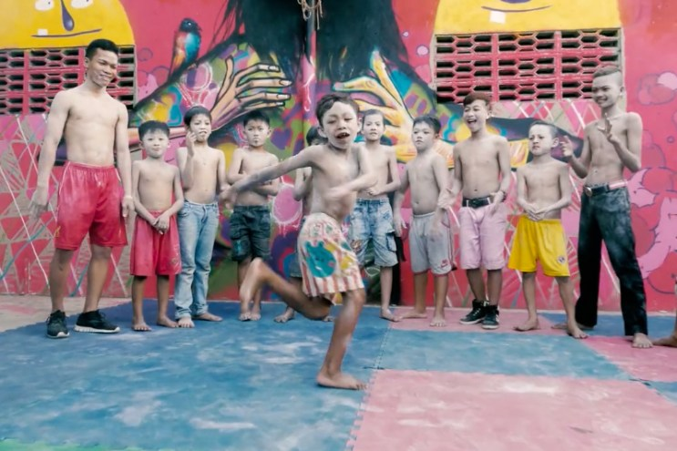 David Choe and Friends Visit Phnom Penh for the Igloo Hong Project