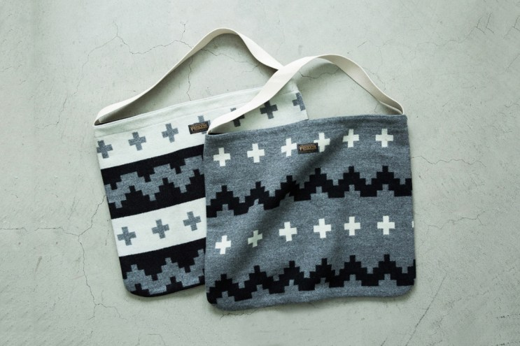 Pendleton and Deluxe Link up for a Weatherproof Tote Bag