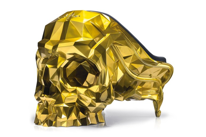 Give Death the Middle Finger With This $500,000 USD 24K Gold Skull Armchair