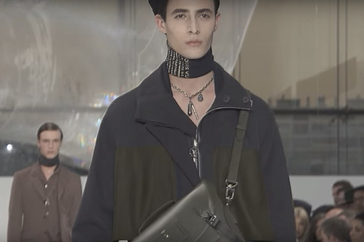 Watch Highlights From Louis Vuitton's 2016 Fall/Winter Collection
