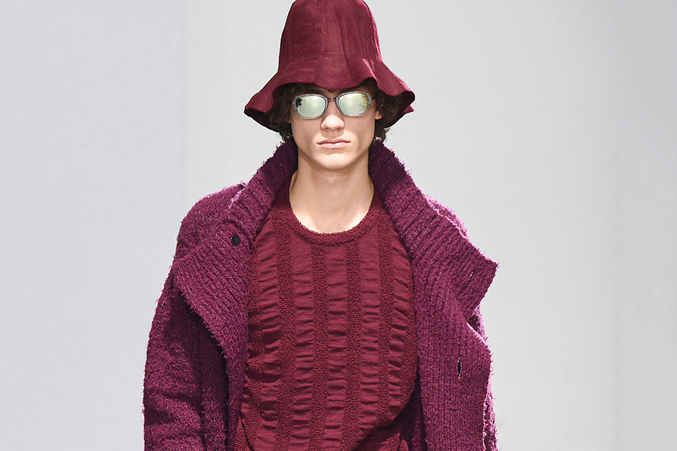 """Issey Miyake's 2016 Fall/Winter Collection Centers on the """"Neonomad"""""""