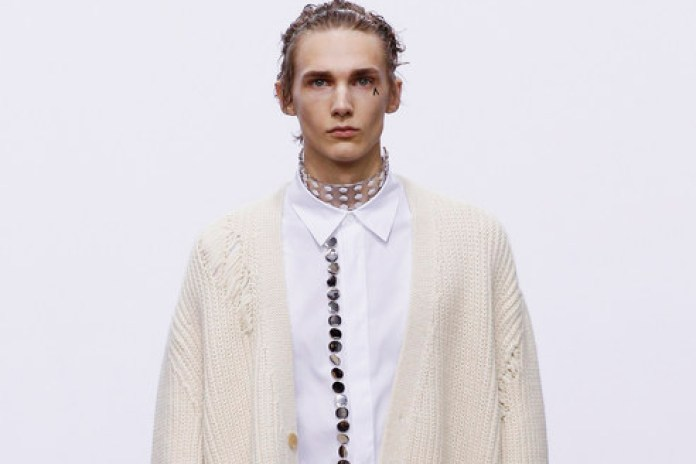 J.W. Anderson Embraces Androgyny for His 2016 Fall/Winter Collection
