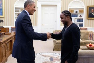 "Kendrick Lamar Meets President Barack Obama in ""Pay It Forward"" Video"