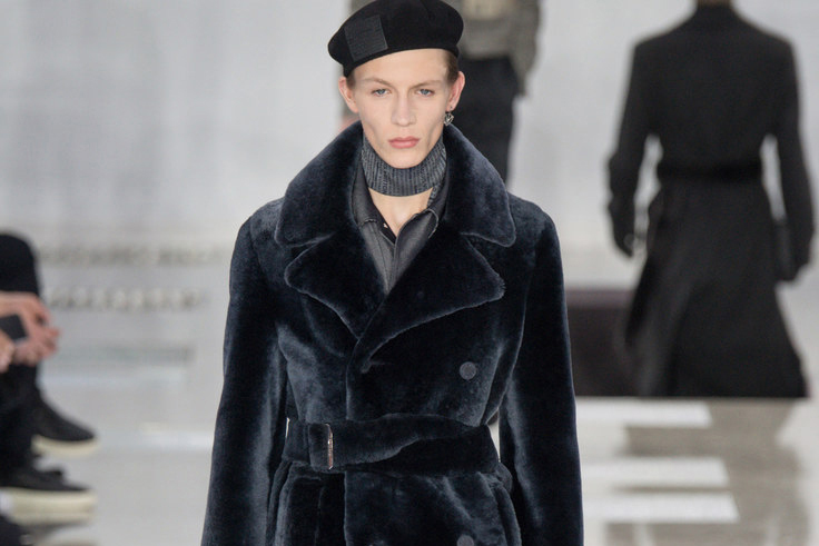 Louis Vuitton Celebrates Paris in Its 2016 Fall/Winter Collection