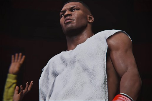 """""""Iron"""" Mike Tyson Makes His Return, This Time to UFC's Octagon"""