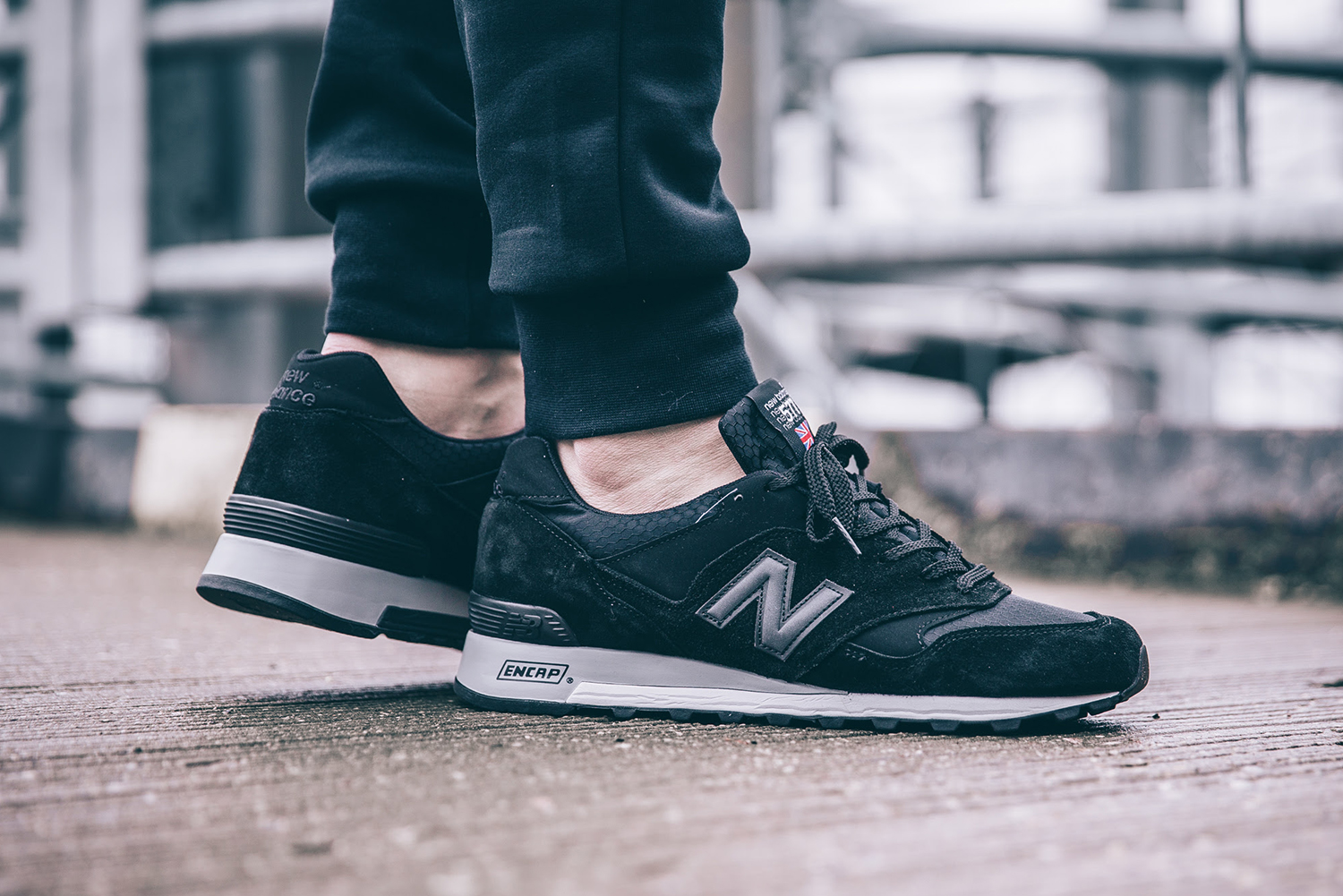New Balance Blacks-Out the England-Made 577