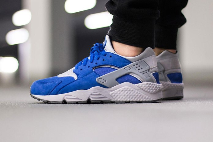 "Nike Air Huarache Premium ""Royal Blue"""