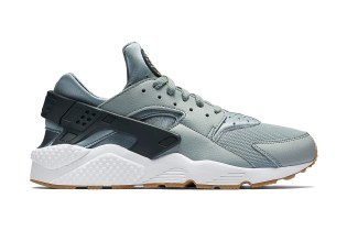 "Nike Air Huarache ""Shark"""