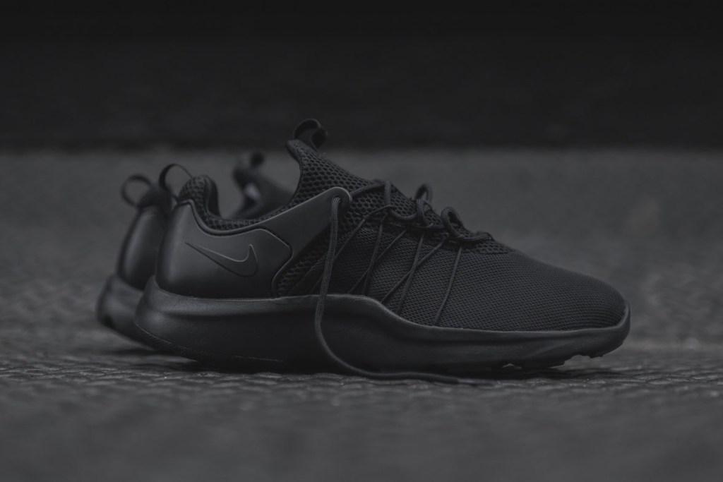 Nike Air Darwin Basketball Shoes