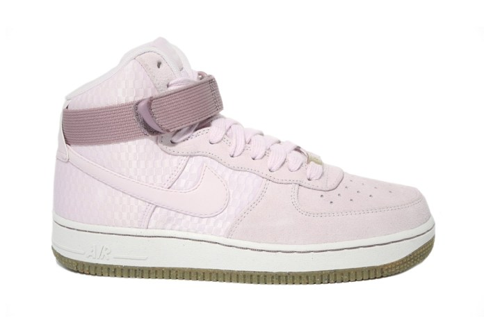"Nike WMNS Air Force 1 High Premium ""Bleached Lilac"""