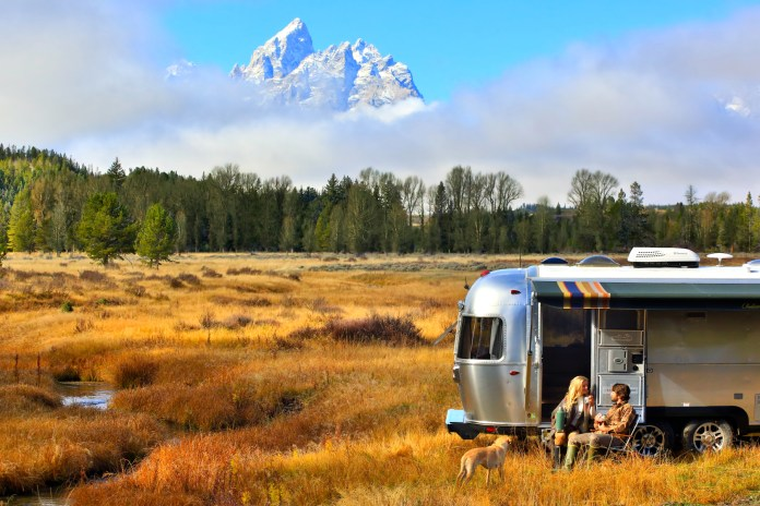 Pendleton and Airstream Celebrate the 100th Anniversary of the National Park Service
