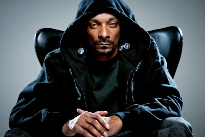 Snoop Dogg Threatens to Leave Xbox for PlayStation After Connection Failure