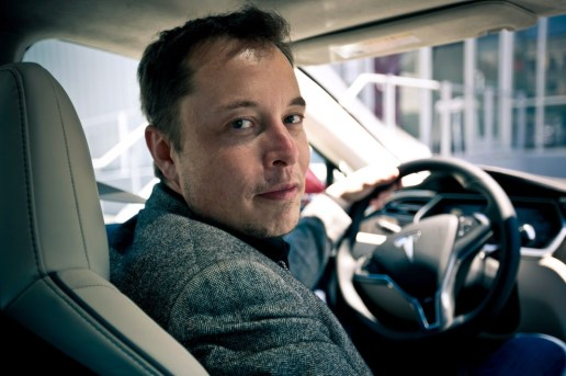 Elon Musk Says by 2018 Cars Will Be Able to Drive Themselves Cross-Country