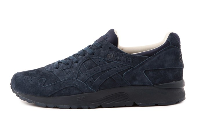 UNITED ARROWS Offers a Casual Luxe Take on the ASICS GEL-Lyte V